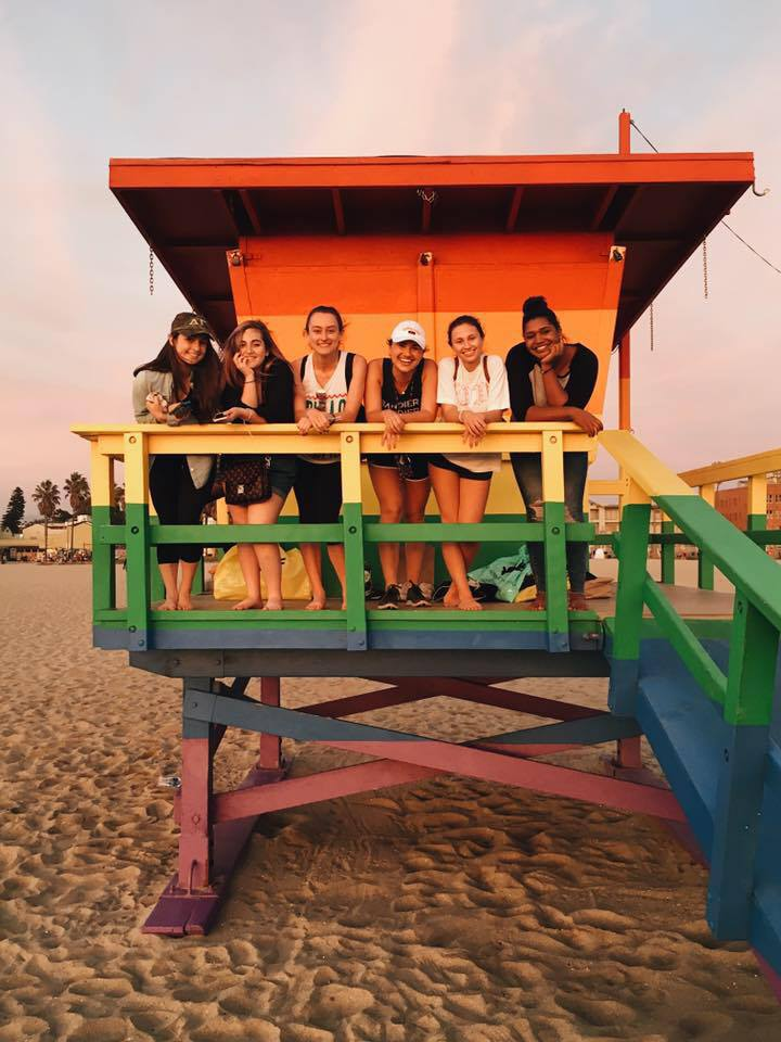 Bandier students enjoying the sunshine while spending a professional semester in Los Angeles.