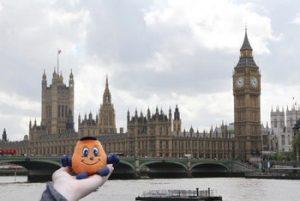 Otto the Orange visits Big Ben in London
